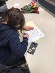 Niqui BLodgett signing