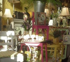 Vintage Stores Clatsop County FarmhouseFunk