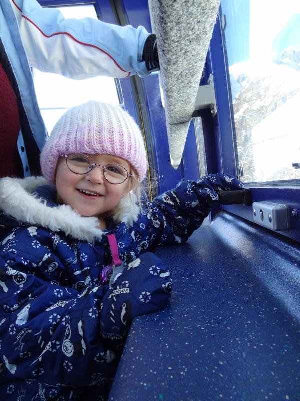 Laura Maria im Skianzug