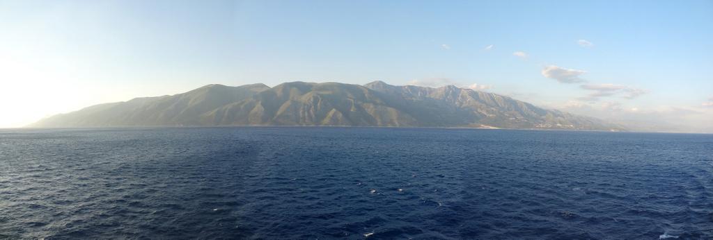 vor der albanischen Küste