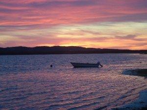 ce qui nous rend heureux coucher de soleil aux iles