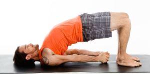 soulager les maux de ventre yoga