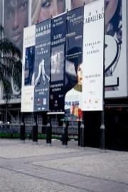 Retrospectiva Adolfo Couve, fachada MNBA 2002