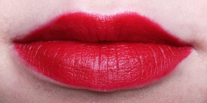 Look|Featuring Revlon Matte Balm in Standout lipswatch2