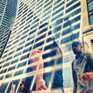 Deux hommes traversant, accident HDR (Manhattan)