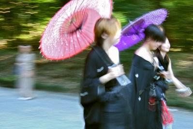Des filles entre elles, au parc Yoyogi (Harajuku, Tokyo)