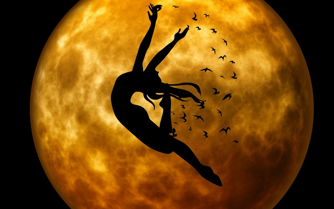 Em Aquário, A Lua Nova Da Liberdade