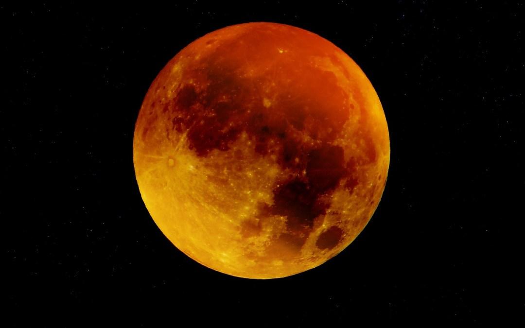 """Lua Cheia em Leão – """"A Última Chamada"""""""