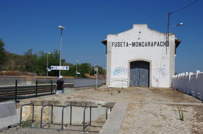 Fuseta railway station