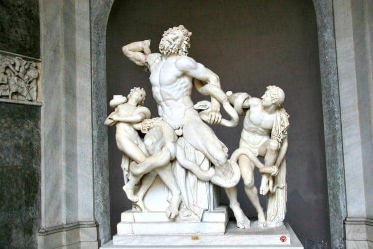 statue of laocoon and his sons vatican museum rome tally