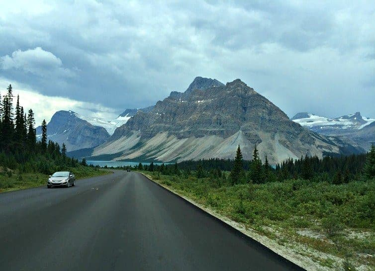Icefields Parkway with cars