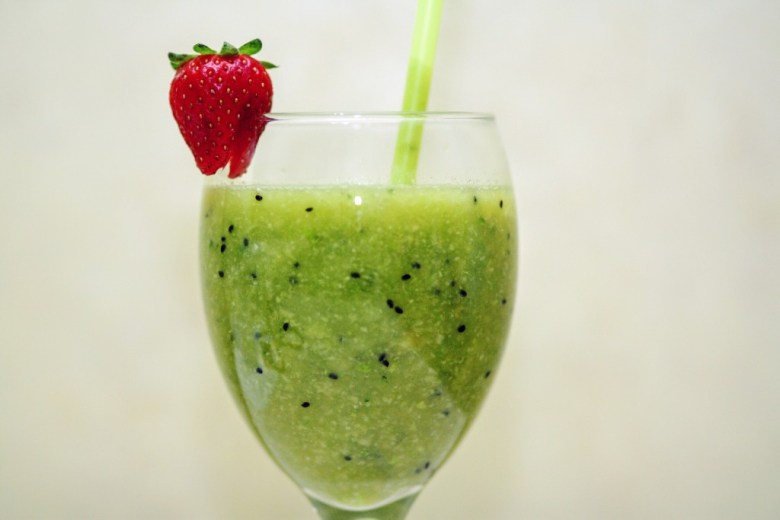 smoothies-829695_1920