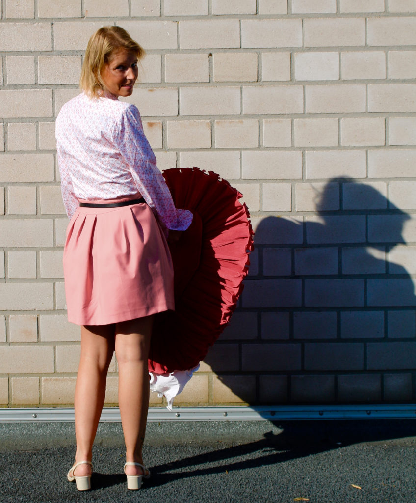 Pink skirt claudinesroom