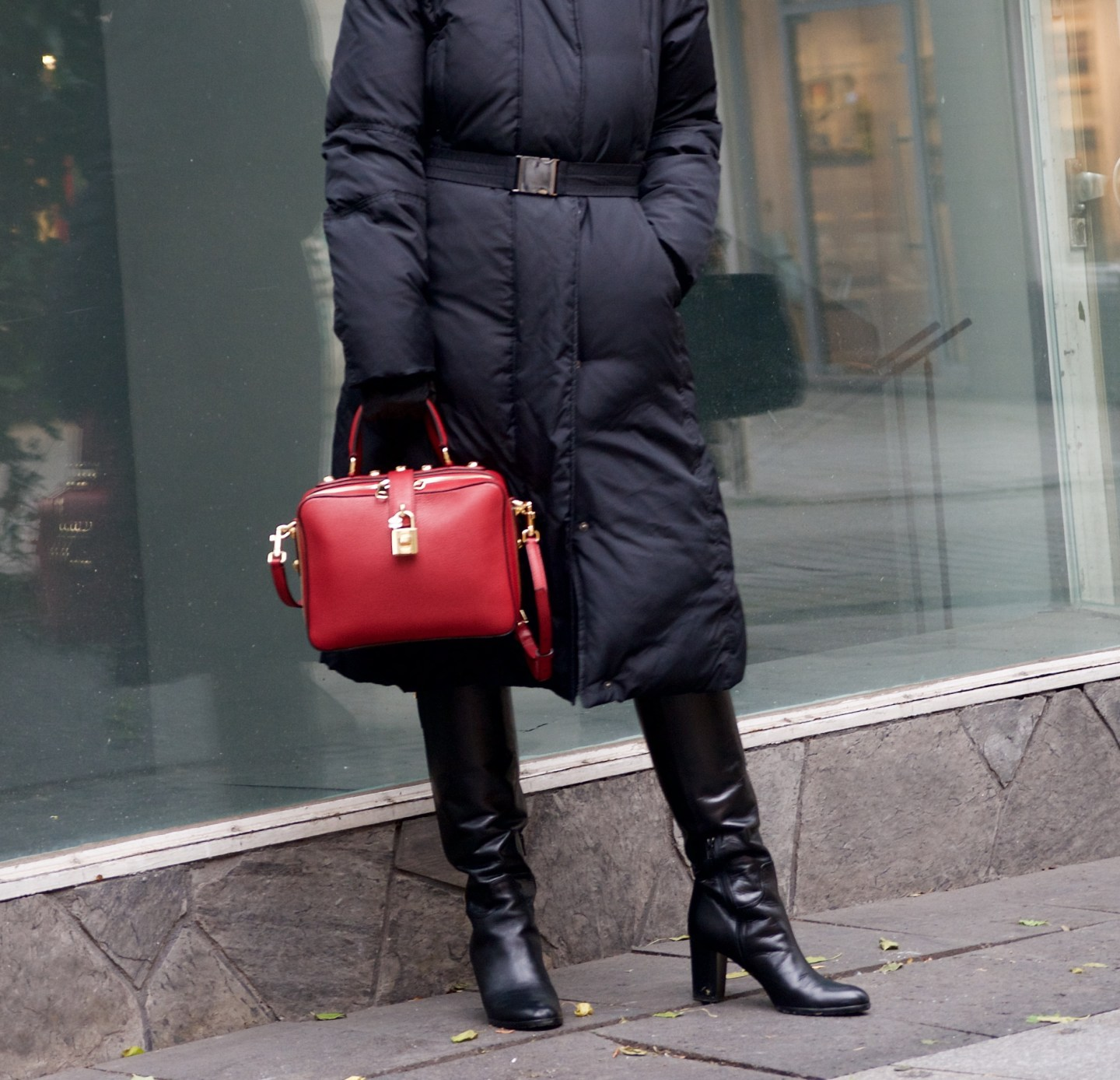 Puffer coat and Dolce & Gabbana box bag - claudinesroom