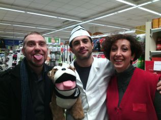 Episodio #1 - Io, Massimo e Silvia in una foto ricordo con il mitico Spike! Lingua felpata inclusa...