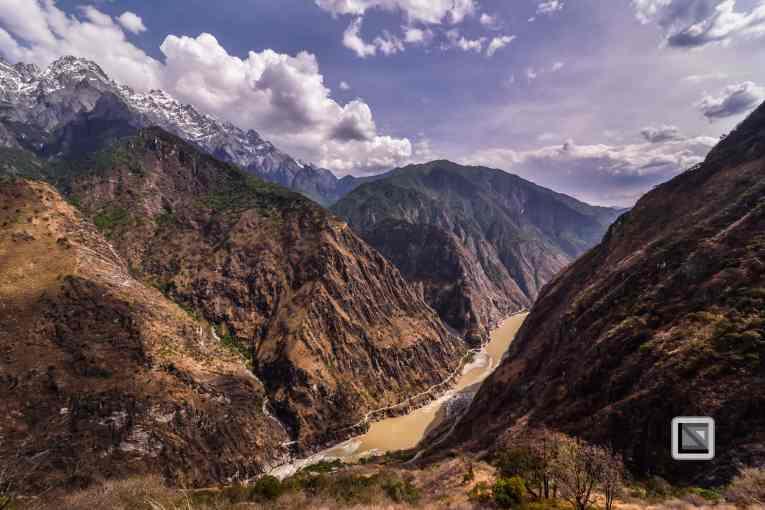 China - Yunnan - Tiger Leaping Gorge-5