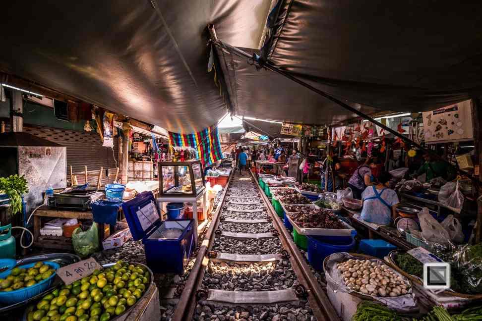 Maeklong Train Market Color-13