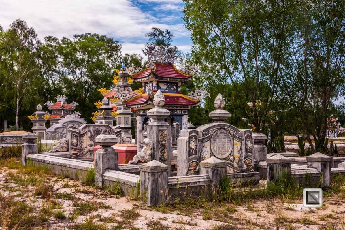 Cementry-Hue_Area-Vietnam-51-2