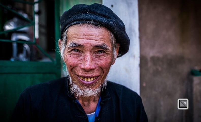 vietnam-bac_ha_market-56