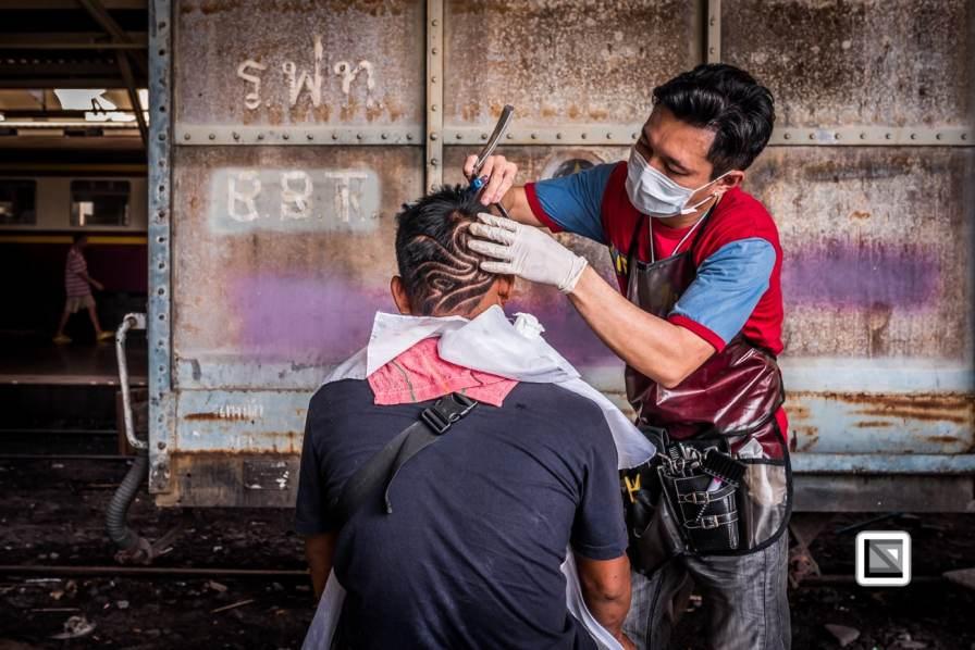 Bangkok_Barbers_Trainstation-59