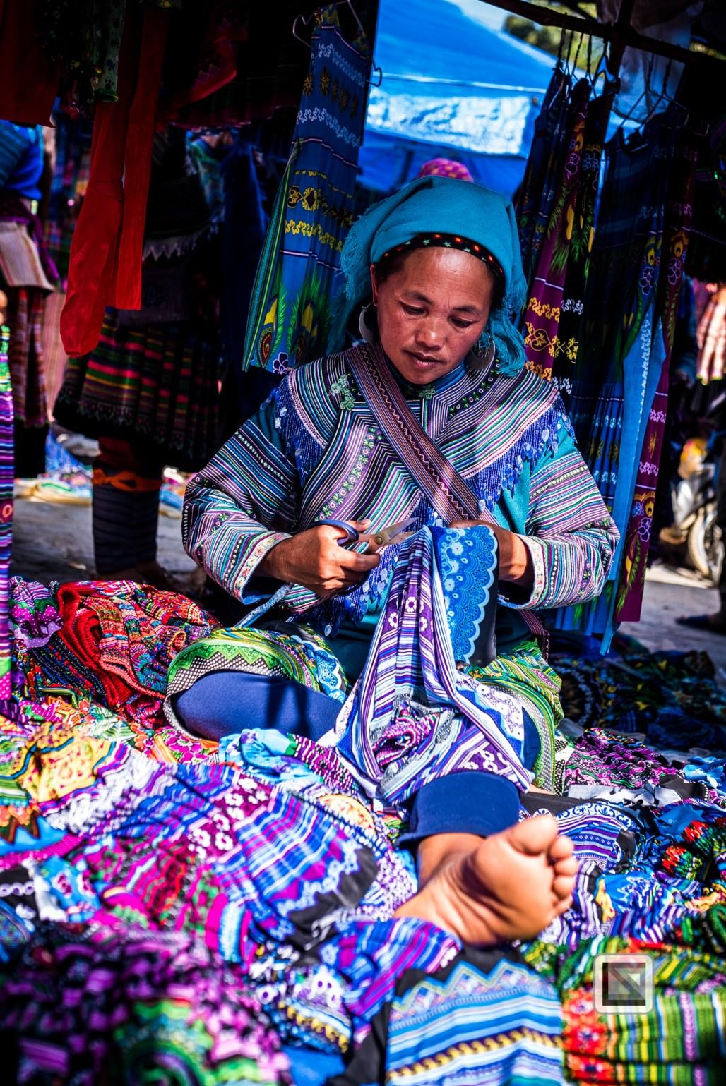 vietnam-bac_ha_market-65