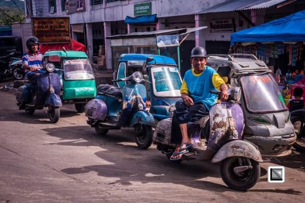 Indonesia-Sumatra-Nopan-VespaParadise-0669