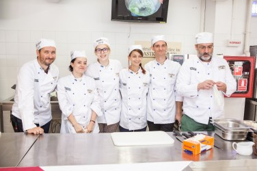 Centrul de Pregatire in Gastronomie-eveniment bloggeri 4