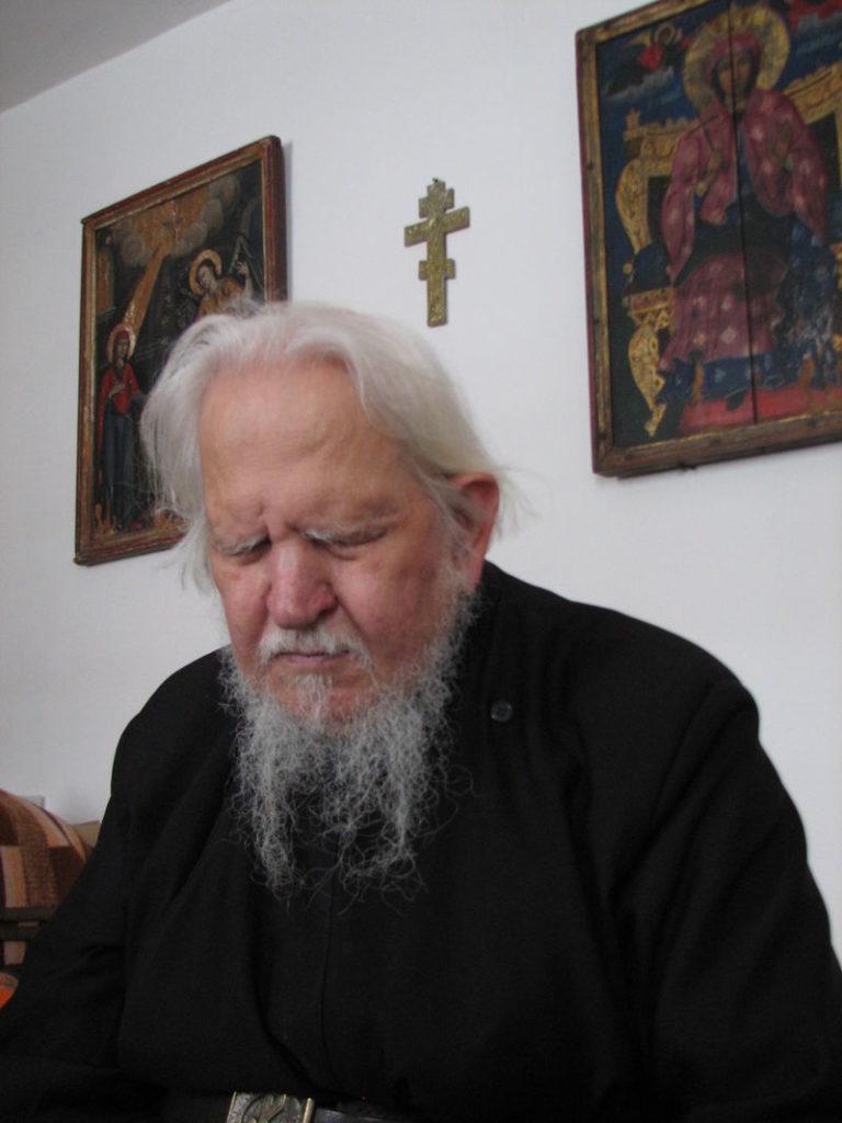 """Părintele Teofil Părăian: """"Credința nu e un curs la fără frecvență"""""""