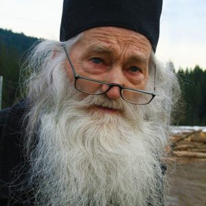 """Părintele Iustin Pârvu: """"Cu post și rugăciune cucerești cerurile"""""""