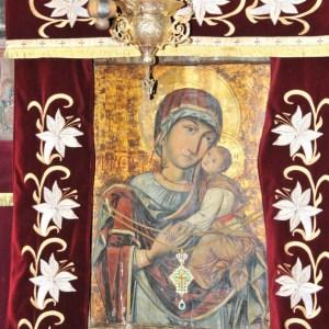 Minunile de la Mânăstirea Strâmba