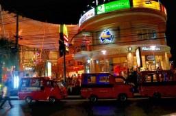 Meios de locomoção de Phuket/Ônibus de Phuket /Photo by Claudia Grunow