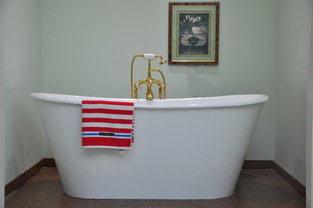 Victoria Bath