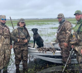 Florida Duck season 2020-2021 is off to a great start! #claygullyoutfitters #gooutdoors #duckhunting #waterfowl #waterfowlhunting #hunt #hunting #airboat #airboating #ducks #floridahunting #duckdog #duckdogsofinstagram #blacklab