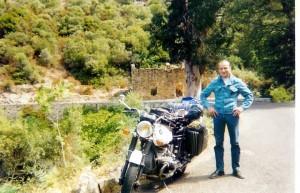 ced 4tour de la Corse en 3 semaines avec madame en 99.BMW R100S de 77