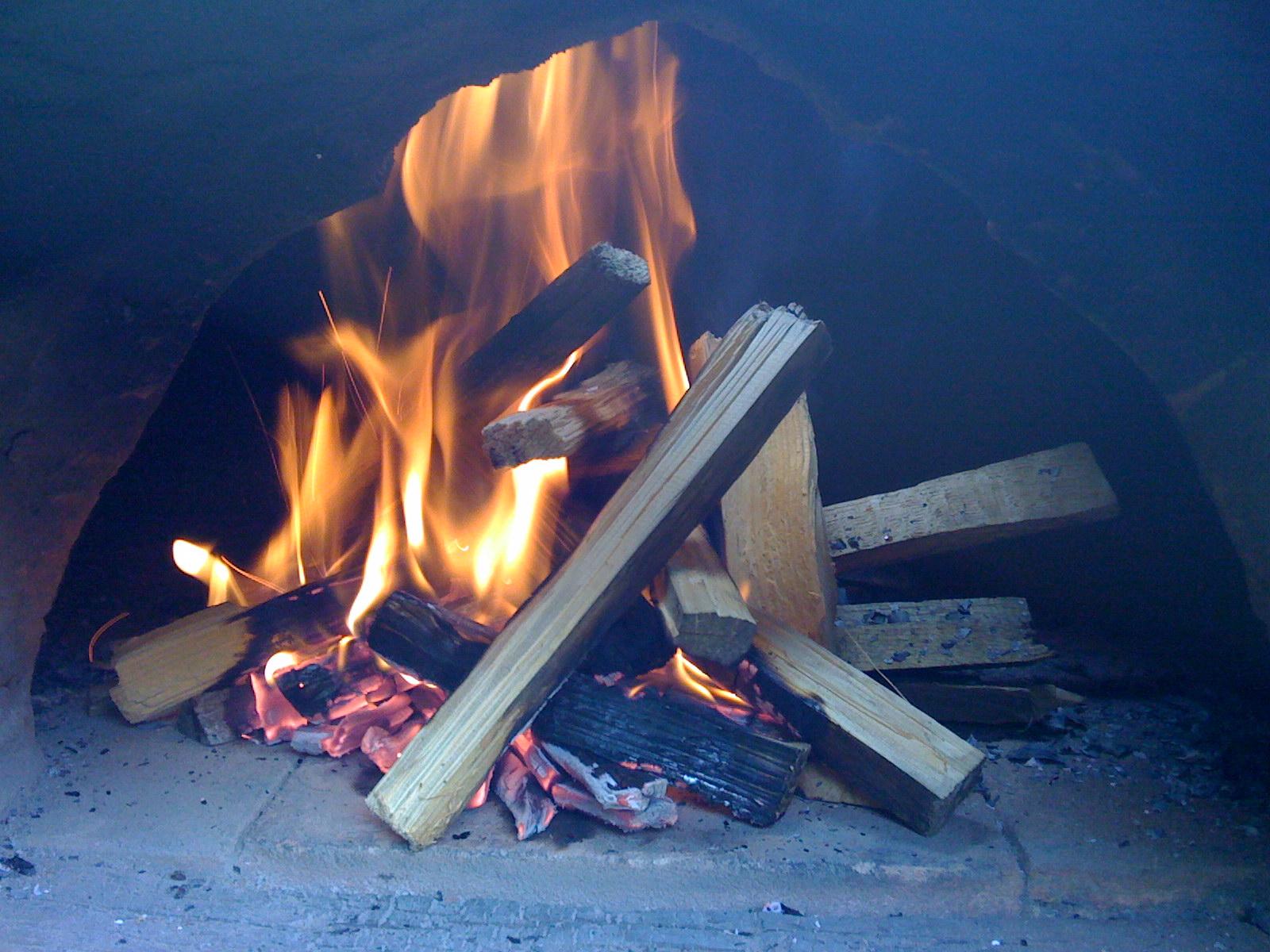 Burning Kindling in the oven entrance