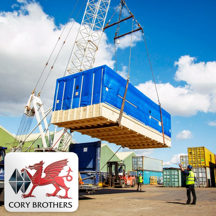 Cory Brothers Shared a Photo of Project Cargo Under Mobile Crane Hook