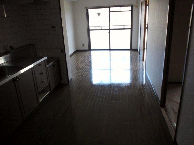 八尾市のマンションの仕上げに行きました。