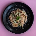 Low Carb Pasta mit Spargel und Edamame