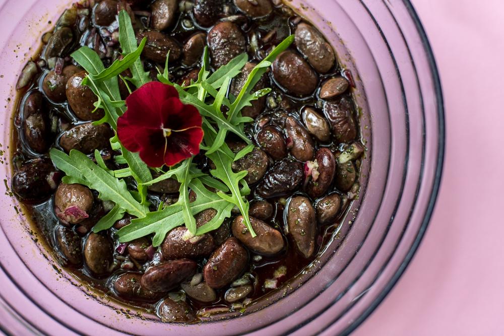 Käferbohnen Salat mit Kürbiskerndressing
