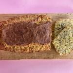 Glutenfreies, einfach zubereitetes Eiweißbrot mit Superfoods