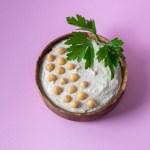 Klassischer orientalischer Hummus