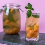 Sommerlich, süßer Cantaloup-Minz Eistee