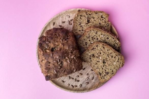 Low Carb Brot mit Sonnenblumenkernen von Lizza