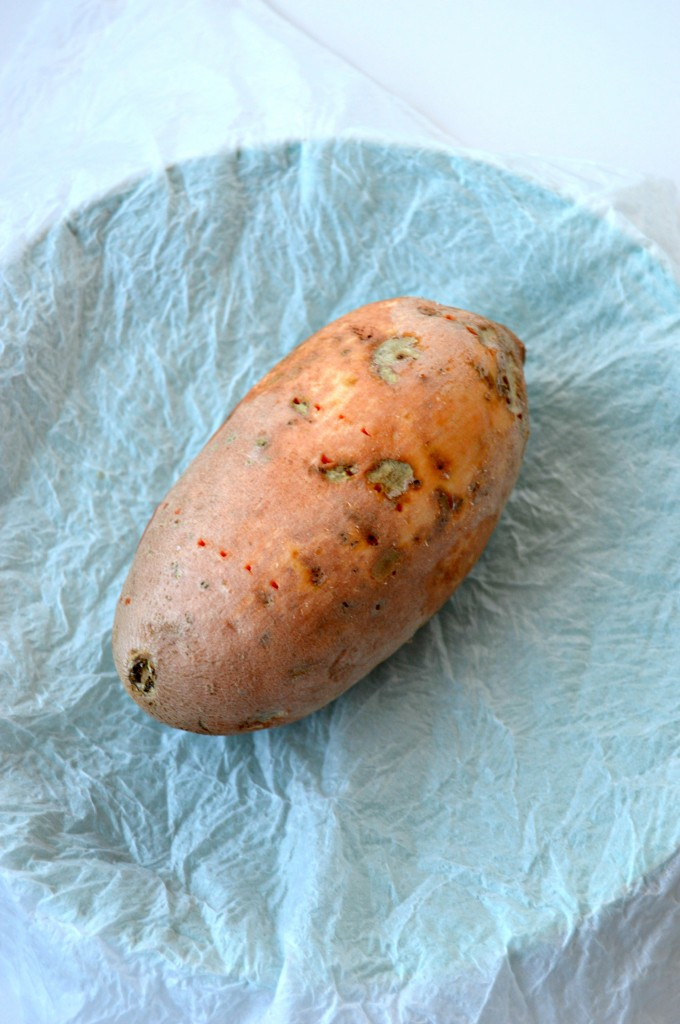 baked sweet potato in the microwave