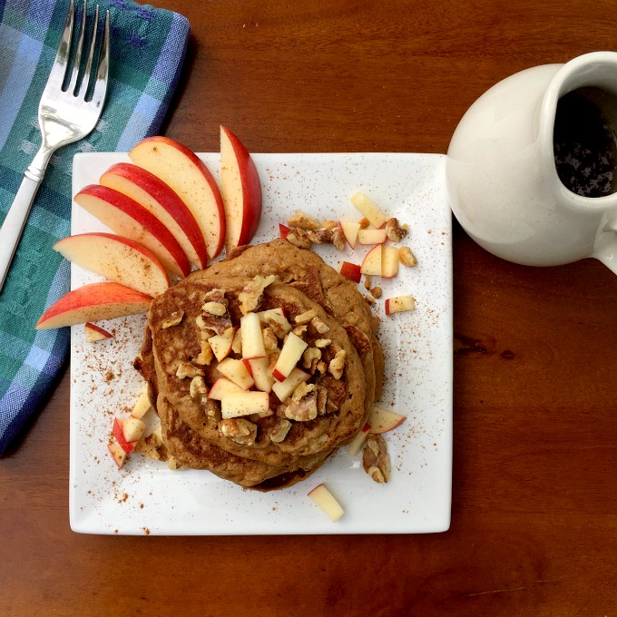 Healthy Apple Pie Pancakes with Warm Maple Syrup: an acceptable way to eat pie for breakfast.