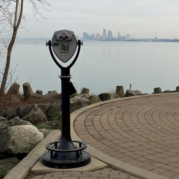 Walk - Lakewood Park and Cleveland City Skyline