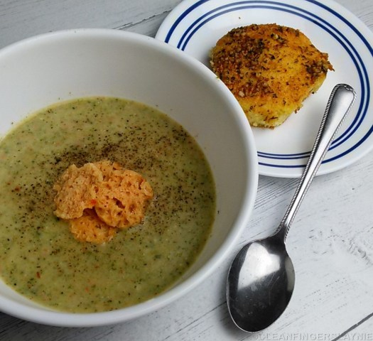 Cropped Low Carb Broccoli Soup with Keto Garlic Butter Bread