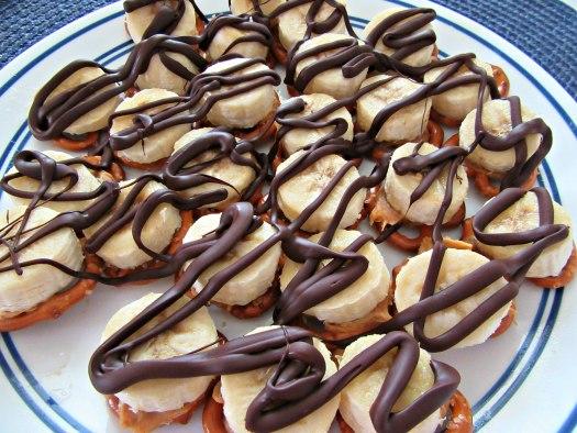 Frozen Chocolate Peanut Butter Banana Pretzel Bites on Plate