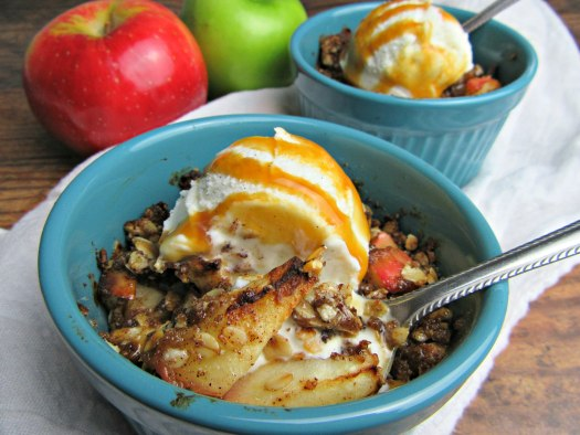 Air Fryer Apple Crisp Close Up
