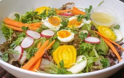 Garden Fresh Salad (with Honey Mustard Vinaigrette)